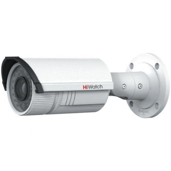 Уличная бюджетная IP камера-цилиндр HiWatch DS-I126 с вариофокальным объективом